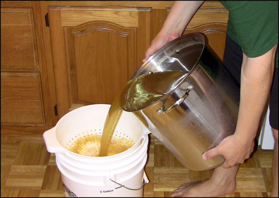 pouring-wort