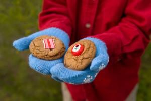 sharing-holiday-cookies